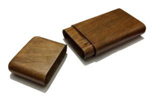 Portasigari in legno semplice con coperchio